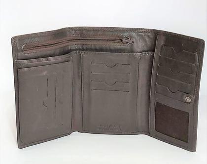 "NAOR JACOBY GENUINE LETHER ארנק עור איכותי במצב חדש מבית נאור יעקובי מוצרי עור אמנותיים וייחודיים חתום מידות 17X11 ס""מ סגור 18X30 ס""מ"