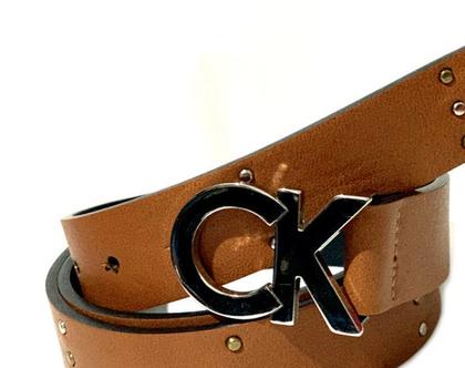 CALVIN KLEIN | חגורת ניטים חומה קלווין קליין