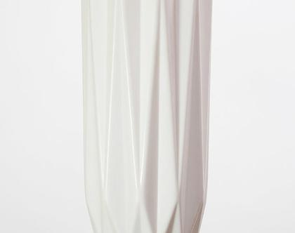 מנורת אוריגמי לבנה וקטנה