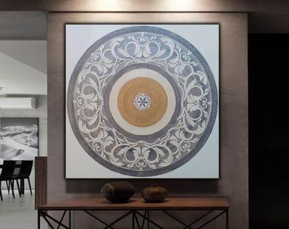 """""""אלדו"""" - יצירה אבסטרקטית מיוחדת עם שברי זכוכית וטקסטורות מובלטות."""