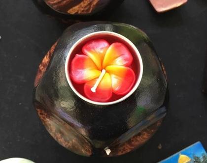 פמוט מעוצב מעץ לנרות