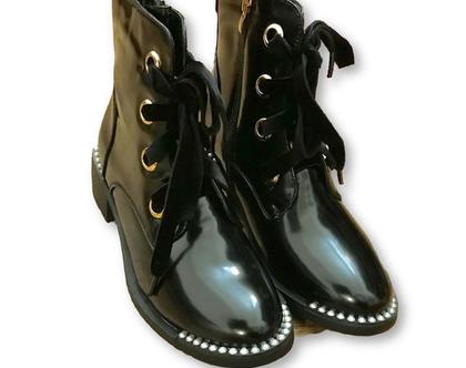 נעליים גבוהות מעוצבות, נעליים שחורות ספורטיביות, נעליים שחורות עם שרוכים