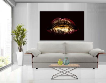 תמונת קנבס מעוצבת - Sexy lips gold| תמונה של שפתיים בצבע זהב | תמונת אבסטרקט לסלון | תמונה מיוחדת לבית