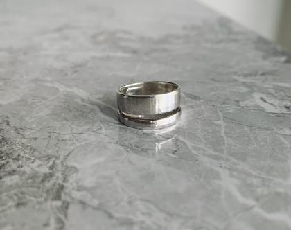 טבעת כפולה  ?טבעת א-סימטרית  טבעת גאומטרית טבעת פסים  טבעת כסף 925  טבעת כסף סטרלינג  טבעת ליום יום