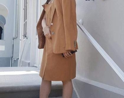 חליפה לנשים , סט של שמלה ובלייזר , חליפה שני חלקים , חליפה בצבע חום , חליפה לאירוע , חליפה אלגנטית , חליפה רשמית, שמלה עד הברך, בלייזר לנשים