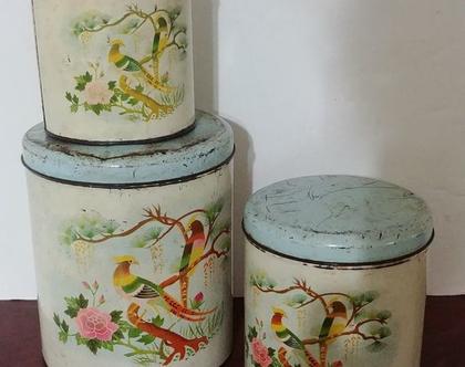 3 קופסאות פח ציפורים