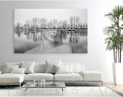 תמונת קנבס בעיצוב מקורי - Abstract forest woman | תמונת אבסטרקט שחור לבן | תמונה לסלון | תמונה בעיצוב מינימליסטי | עיצוב נורדי