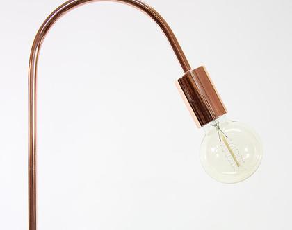 מנורת רצפה נורדית בצבע נחושת, מנורת רצפה סקנדינבית, מנורת רצפה נחושת