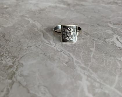 טבעת מלבן  טבעת מטבע  טבעת כסף 925  טבעת כסף סטרלינג  כסף מושחר   טבעת גאומטרי