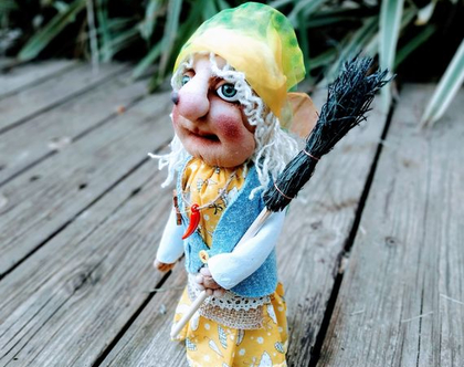 בובה/ בובת גרב/באבא יאגה/ בובת גרב מכשפה/ בובה מכשפה זקנה