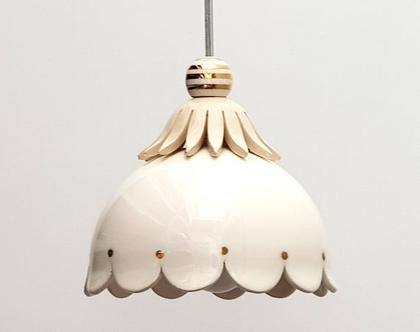 מנורה קטנה מקרמיקה - עיטור זהב - תאורת אווירה - גוף תאורה קטן - מנורה מיוחדת - תאורה לדלפק - גוף תאורה לפינת אוכל