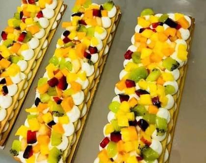2 עוגות פסים בצק שקדים פריך פירות או שוקולדים
