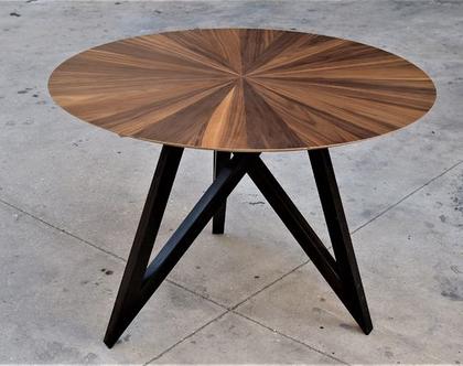 שמש - שולחן אוכל מעוצב