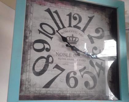 שעון קיר מרובע מעץ צבע עץ תכלת וינטג(ניתן לקבל בכל צבע)