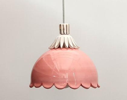 מנורה ורודה - עיטור זהב - מנורה לחדר של ילדה - לפינת אוכל - מנורות צבעוניות - מנורות מקרמיקה - נברשת ורודה מתקבלות הזמנות לשילובים אחרים