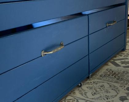 ספסל אחסון - ארגז אחסון כחול מעוצב בעל 2 תאים שליפים מתניידים על גלגלים - אורך 120 סמ