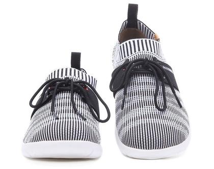 נעלי בד חורפיות אופנתיים אומנותיים ומודפסים לאוהבים אופנה אומנות וסניקרס גם במידות גדולות