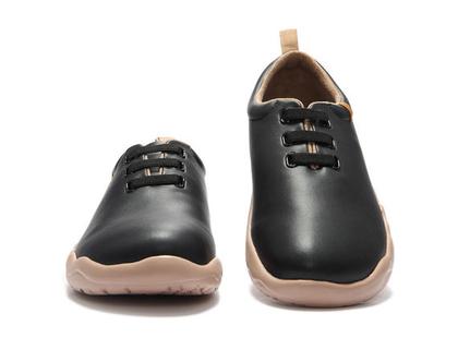 נעלי בד אופנתיים אומנותיים ומודפסים דגם שחור דמוי עור לנשים וגברים שאופנה ואומנות בליבם במידות גדולות