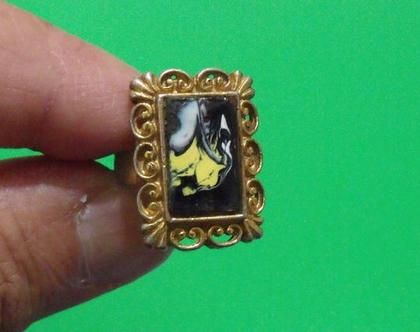 טבעת וינטג' מתכת פליז נחושת לא כסף מידה 9 מעוצבת אמייל נדירה מיוחדת במינה תכשיט מתנה