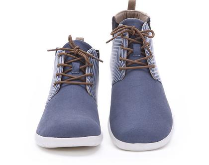 נעלי חצי מגף כחולות אופנתיים אומנותיים לנשים שאוהבות אופנה אומנות וסניקרס גם במידות גדולות
