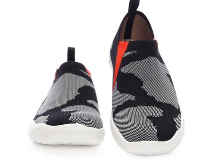 נעלי בד אופנתיים אומנותיים לנשים שאוהבות אופנה אומנות וסניקרס גם במידות גדולות
