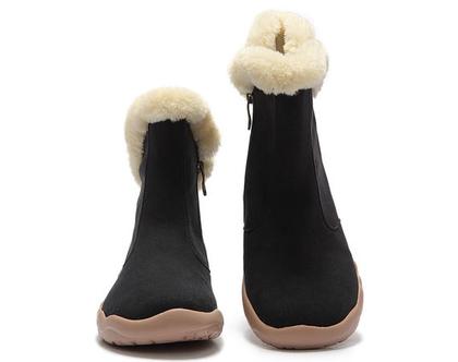 מגפיים שחורים אופנתיים אומנותיים לנשים שאוהבות אופנה אומנות וסניקרס גם במידות גדולות