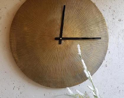 שעון קיר ברזל מוזהב מעוצב