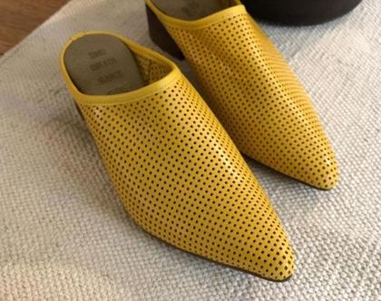 נעלי עור מעוצבות, נעליים צהובות, נעליים פתוחות מיוחדות, נעלי כפכף