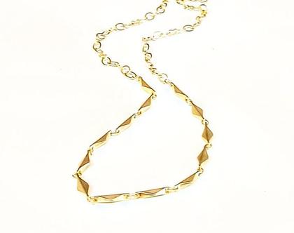 שרשרת עדינה ליום יום . מתנה תכשיט ציפוי זהב. מתנה עד 200 שח. תכשיט עדין מתנה. שרשרת וינטאג'. תכשיט אלגנטי מתנה.