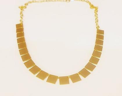 שרשרת וינטאג' מרובעת בציפוי זהב. שרשרת קצרה פשוטה. שרשרת מתנה לנערה. שרשרת ליום יום.תכשיט מתנה לבחורה צעירה. תכשיטים.