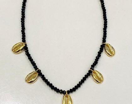שרשרת חרוזים עם קונכיות זהב | שרשרת צדפים | קולר | שרשרת צמודה לצוואר