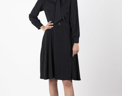 שמלת פפיון שחורה, שמלה מכופתרת שחורה , שמלה עם שרוולים ארוכים