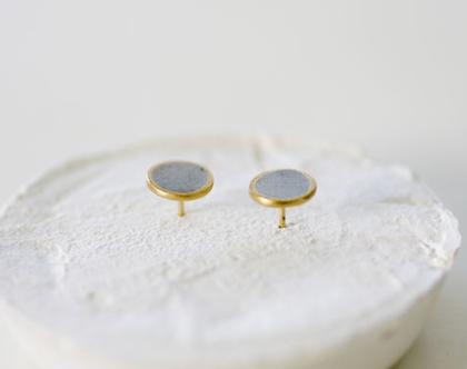 עגילים עגולים אמורפיים צמודים זהב ובטון