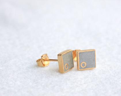 עגילי זהב מרובעים צמודים זהב ובטון