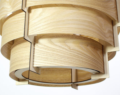 מנורת עץ גדולה, מנורת פורניר גדולה