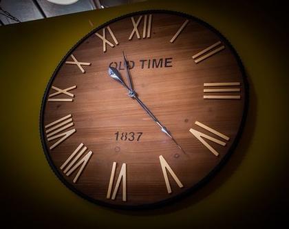 שעון קיר מעוצב עץ