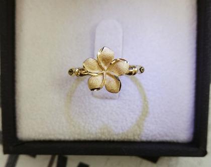 טבעת פרח מיוחדת זהב 14K