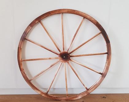 גלגלי כרכרה מעץ