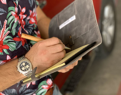 תיק מסמכים לאנשי עסקים ● פולדר A5 מעור ● מתנה לאיש עסקים ● מתנות לאנשי עסקים ● תיק לאיש עסקים ● מתנה לגבר שיש לו הכל ● מוצרים למשרד מעור