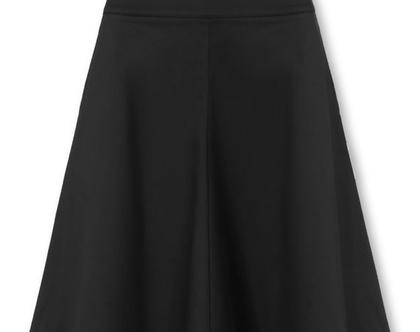 חצאית קלוש שחורה בגזרה גבוהה (ג'ניפר)