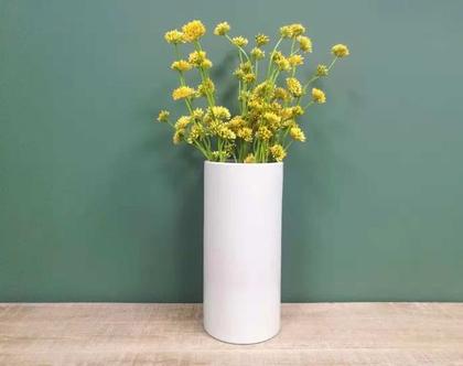 אגרטל מט מעוצב לפרחים גוון לבן שמנת