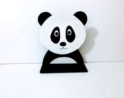 פן-הדוב : מדף לתליה על קיר לחדרי ילדים