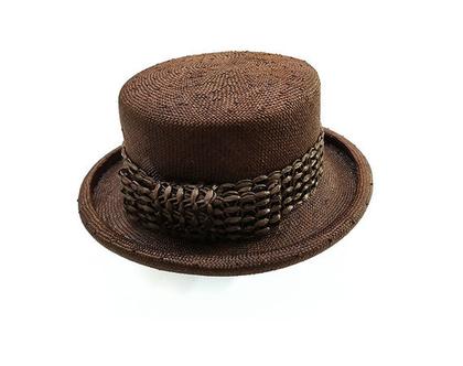 כובע מחויט ריימונד