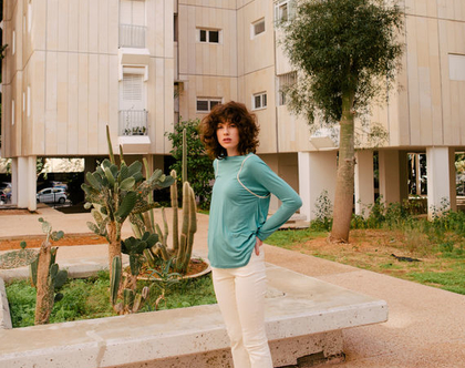 מכנסי ג׳ינס בצבע קרם, מכנסי 7/8, מכנסיים מתרחבים, ג׳ינס לבן, מכנסיים לבנים