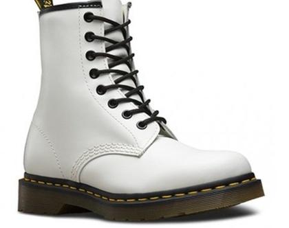 נעלי דוקטור מרטינס לבן מט 1460 Dr.Martens