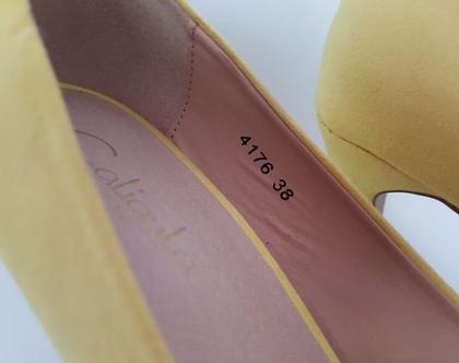 נעלי עקב צהובות - של קליגולה caligola - מידה 38