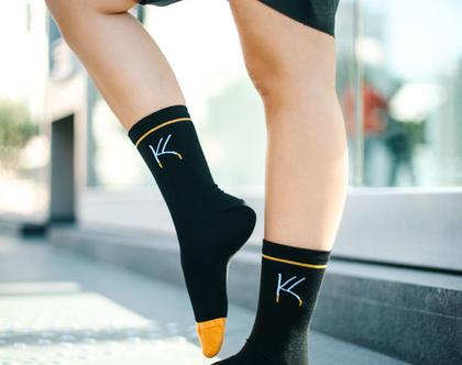 גרביים מעוצבים - לוגו גדול