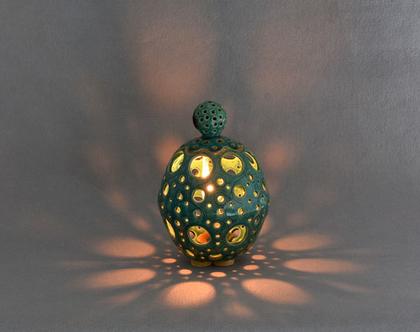 כלי תאורה (או כלי לשום ) מקרמיקה בצבע טורקיז