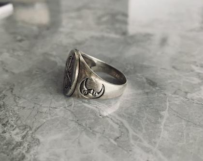 טבעת מצפן  טבעת לגבר  טבעת יוניסקס  טבעת חותם  כסך מושחר  טבעת כסף סטרלינג   טבעת כסף 925  טבעת חותם עגולה