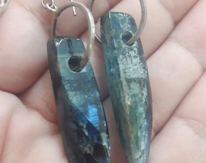 עגילי קיונייט - עגילים עם אבנים כחולות